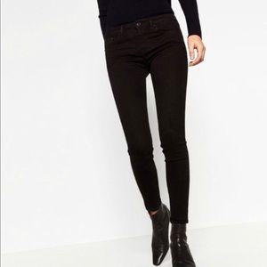Zara Trafaluc Black Midrise Skinny Jeans Size 02